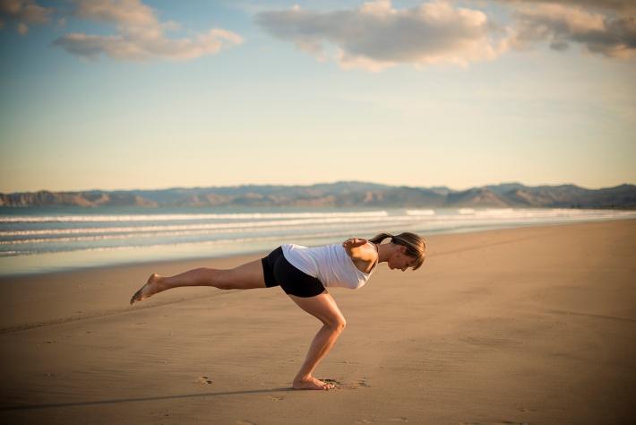 Standing leg raise with knee bent